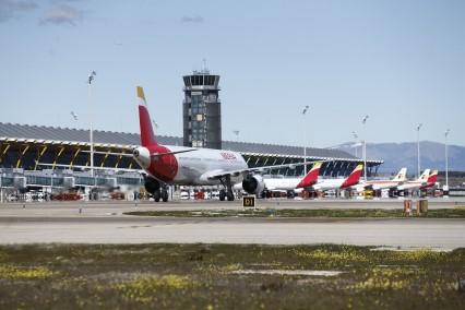 aeropuerto-madrid-barajas-pilotos-comerciales